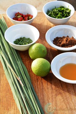 bbqed-prawns-ingredients