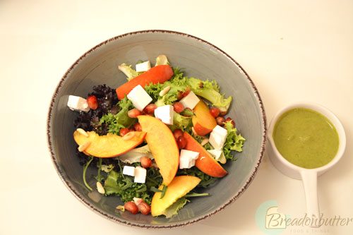 summer-peach-and-feta-cheese-salad-with-basil-vinaigrette-2