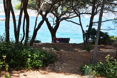 lokrum-island-picnic-dubrovnik-croatia