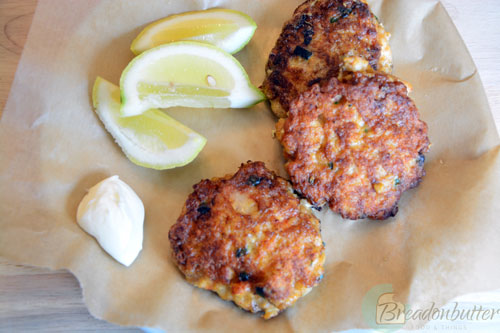 shrimp cakes | breadonbutter