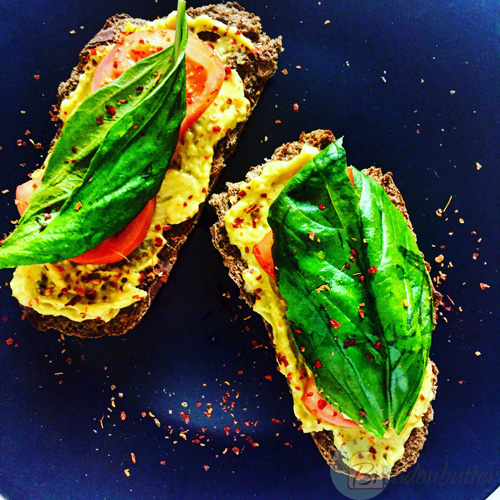 avocado toast | breadonbutter